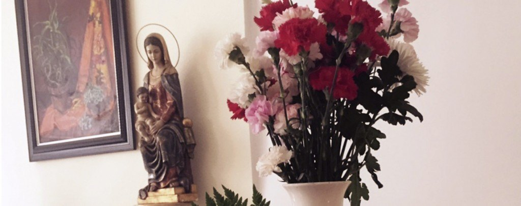 Ofrenda floral a la virgen del Carmen